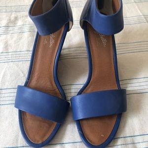 Seychelles wedge sandals in blue